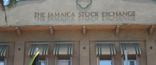 Majors failed to hold early gains – Monday